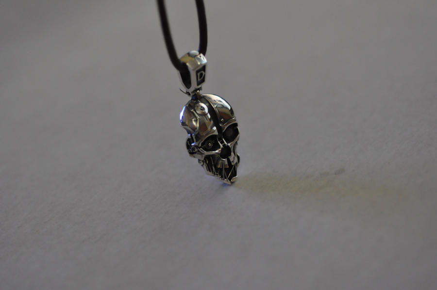 Dishonored Necklace by Worldofjewelcraft