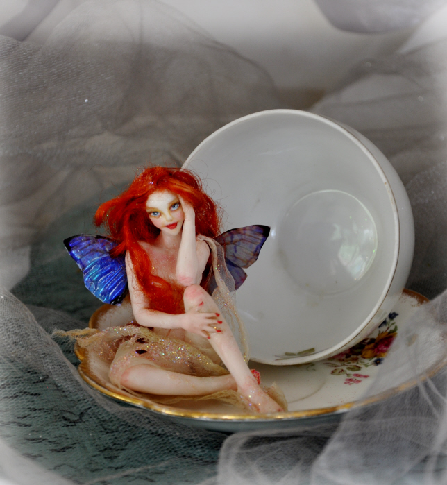 Miniature Fairy pin up by SutherlandArt