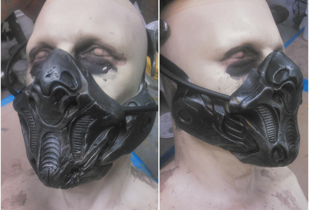 Sith Mask by burgerstrings