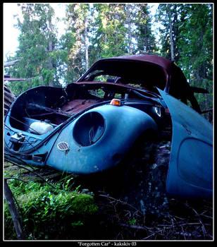 Forgotten Car by kakskiv