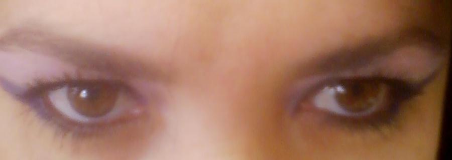 Brown Eyes by sheppaja