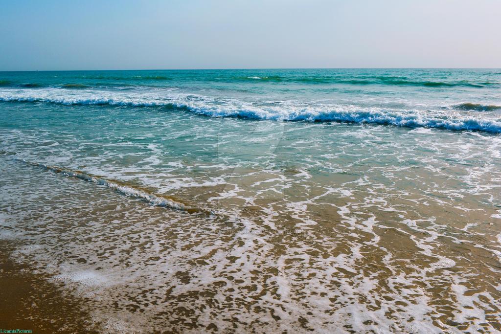 Caspian Sea by LicamtaPictures