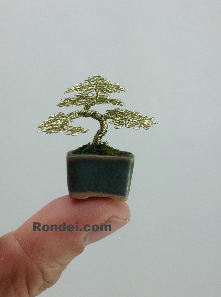 Micro-sized Wire Bonsai Tree by Ken To by KenToArt