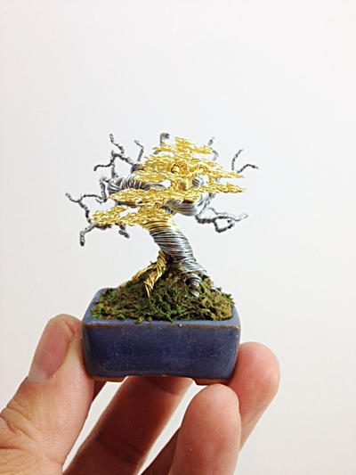 Gold and silver wire bonsai sculpture by Ken To by KenToArt