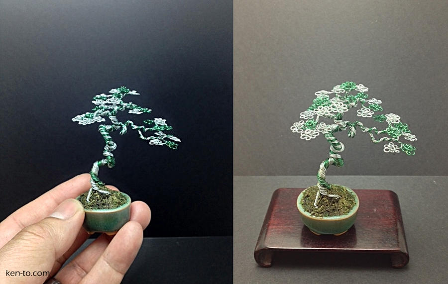 A green and silver wire mame bonsai tree by Ken To by KenToArt