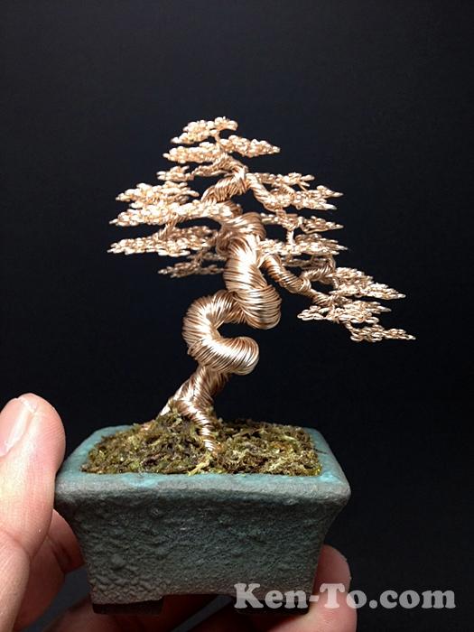 large gold wire bonsai tree sculpture by Ken To by KenToArt