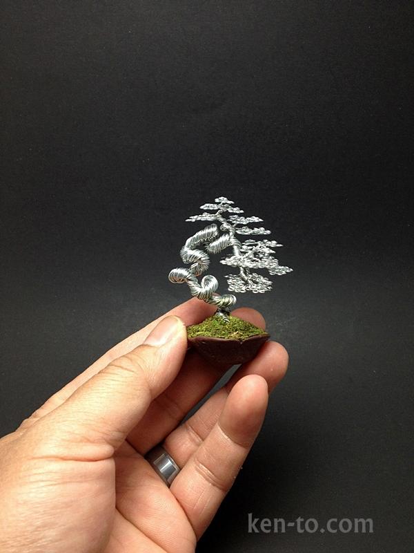 Contorted literati wire bonsai tree by Ken To by KenToArt