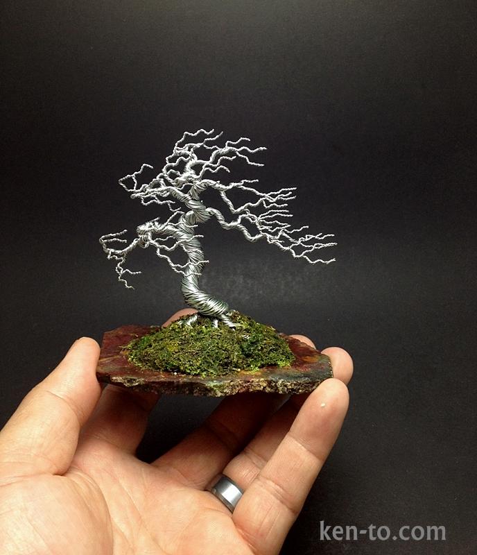 Large windswept wire bonsai tree by Ken To by KenToArt