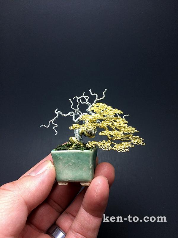 Gold wire bonsai tree by Ken To by KenToArt