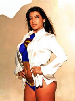 Priscila Pires supergirl