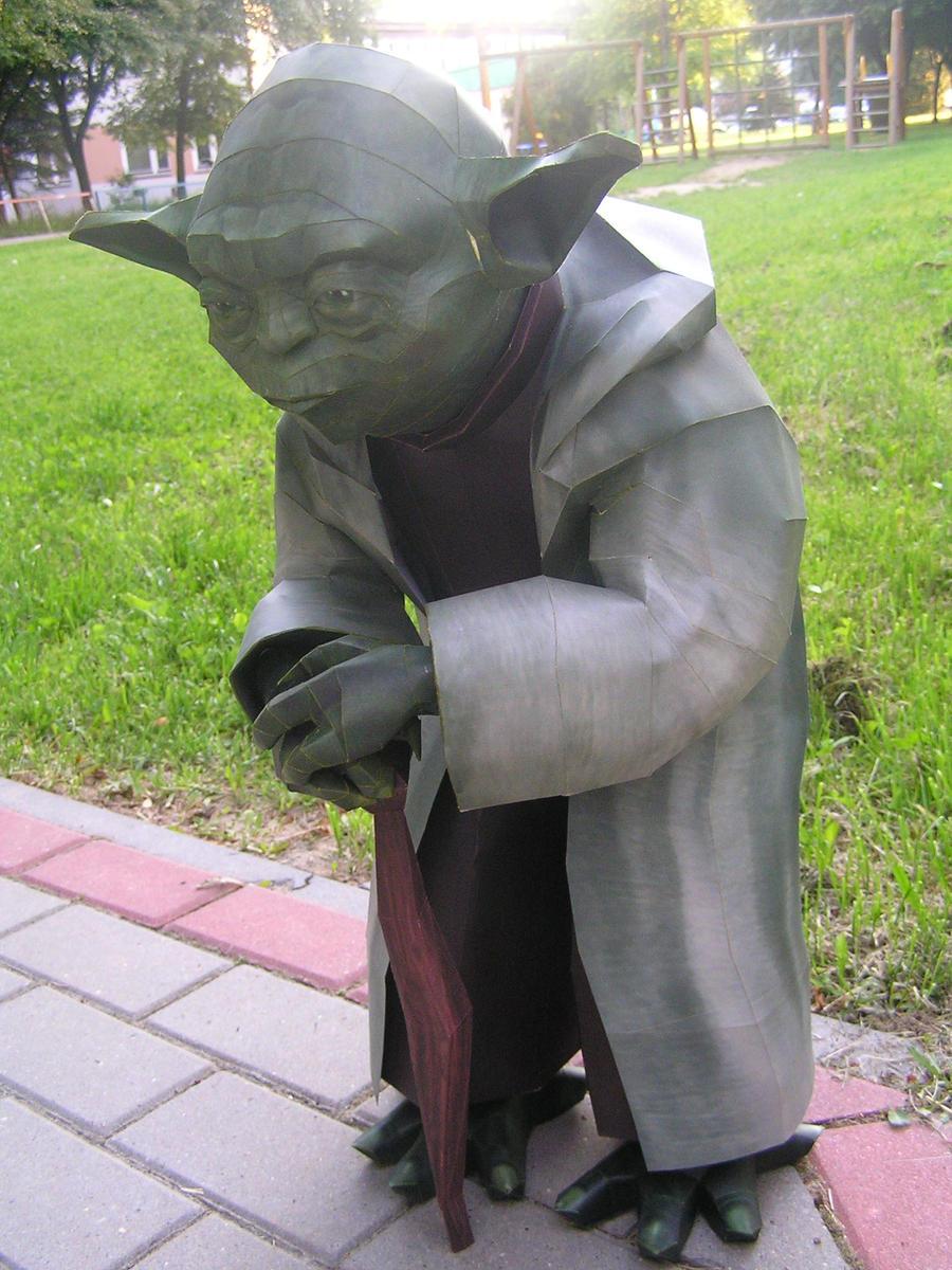 Yoda 1:1 by LisciuPL
