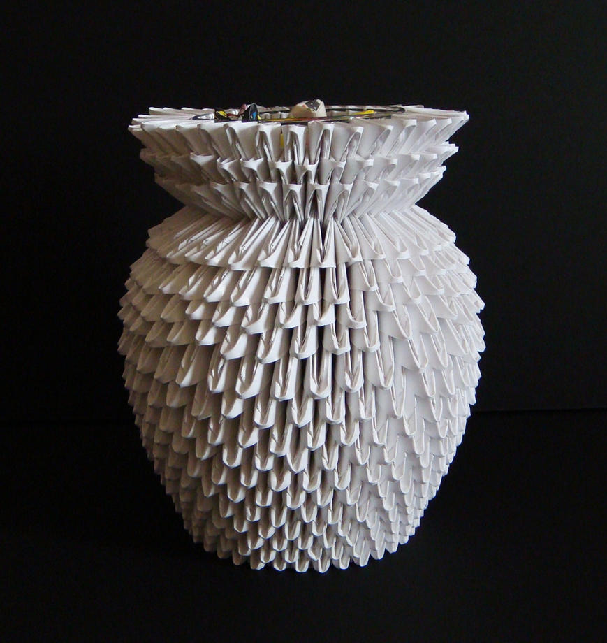 3D Origami: Vase by sabrinayen on DeviantArt - photo#17