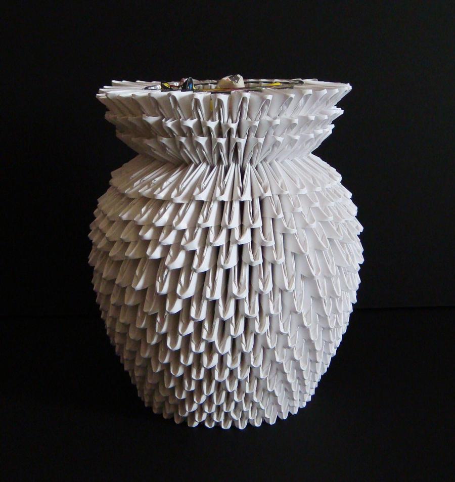 3D Origami: Vase by sabrinayen on DeviantArt - photo#5