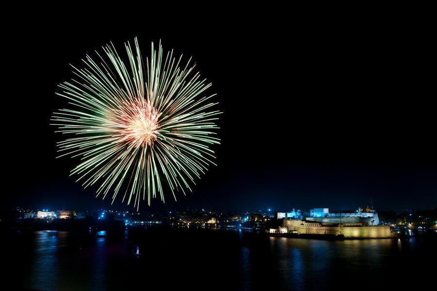 Fireworks Festival 5 by matthewcasha