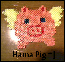 Hama Beads Pig by Freaky-Shadow