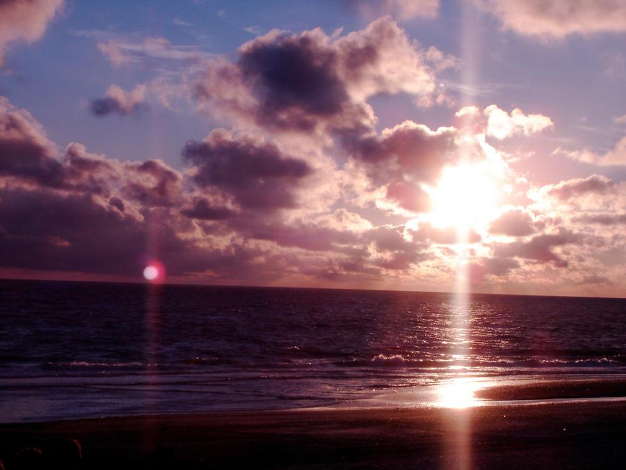 scarlet sunset I by FreakBanana