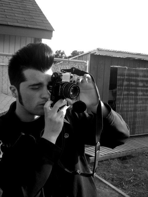 Shoot The Photographer by devilonduty