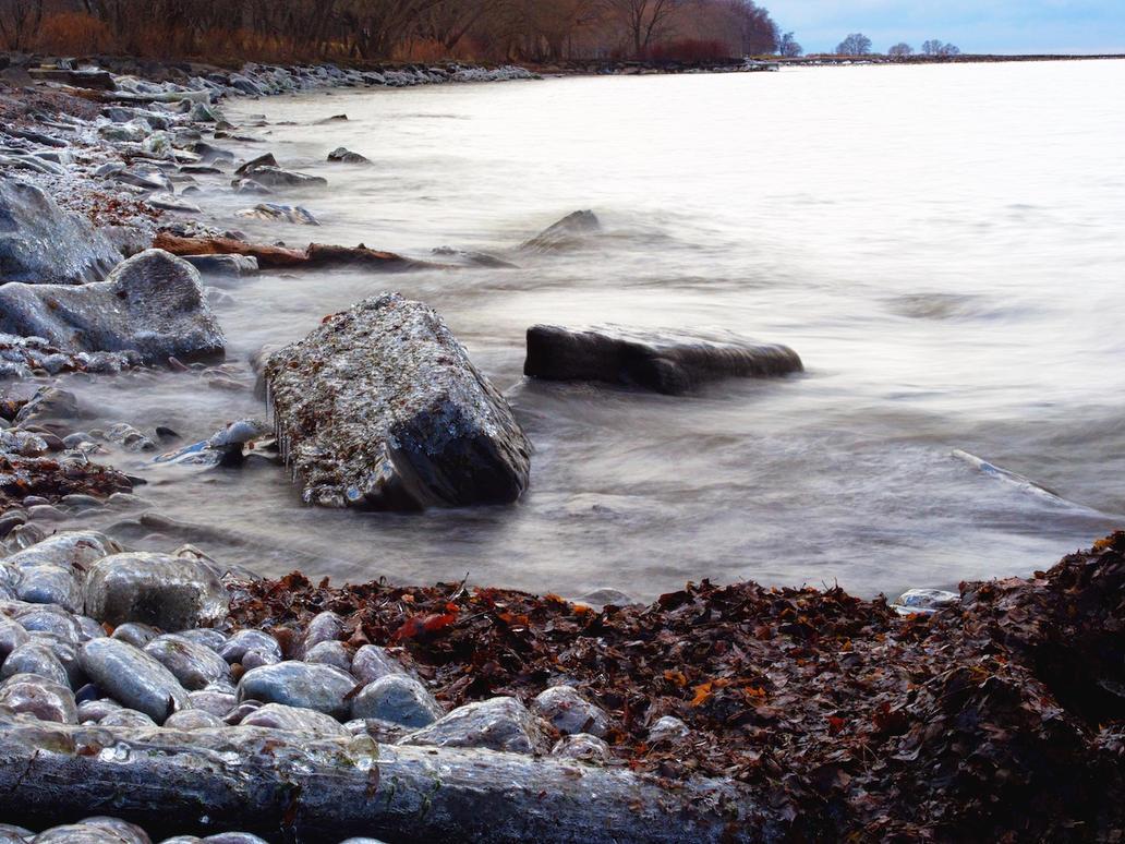 Ontario's Frozen Shore by tmfNeurodancer