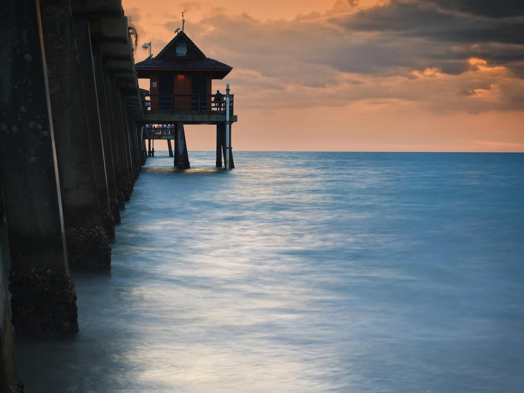 LE Sunset - Naples Pier by tmfNeurodancer