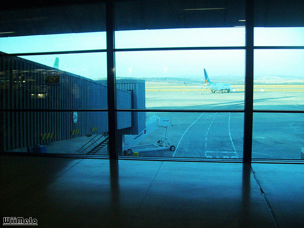 The Airport - por: WiiMelo