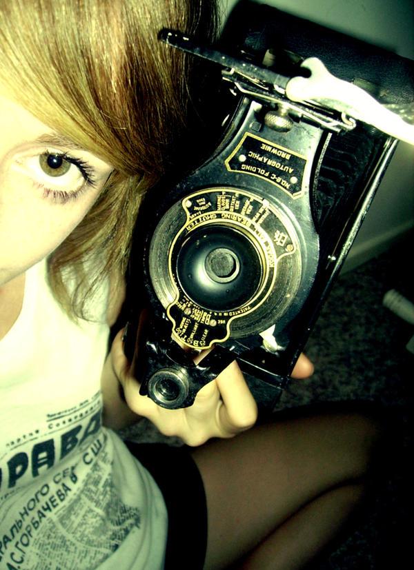 The camera by Bood sexx - bir foto�raf �ekilebilirmiyiz?