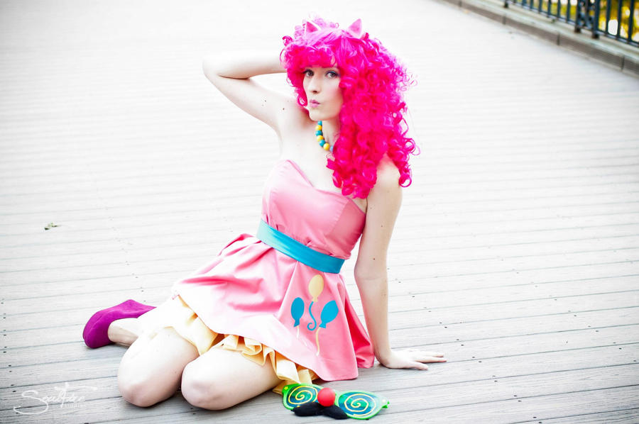 Pinkie Pie- Cute as poop by FeelinPeachyKeen