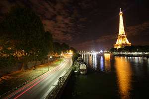 Traffic in Paris I by blankletter