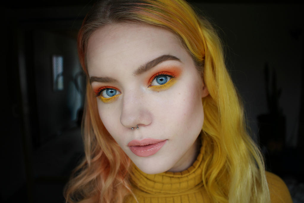 Absolutely love yellow and orange together by milleviola