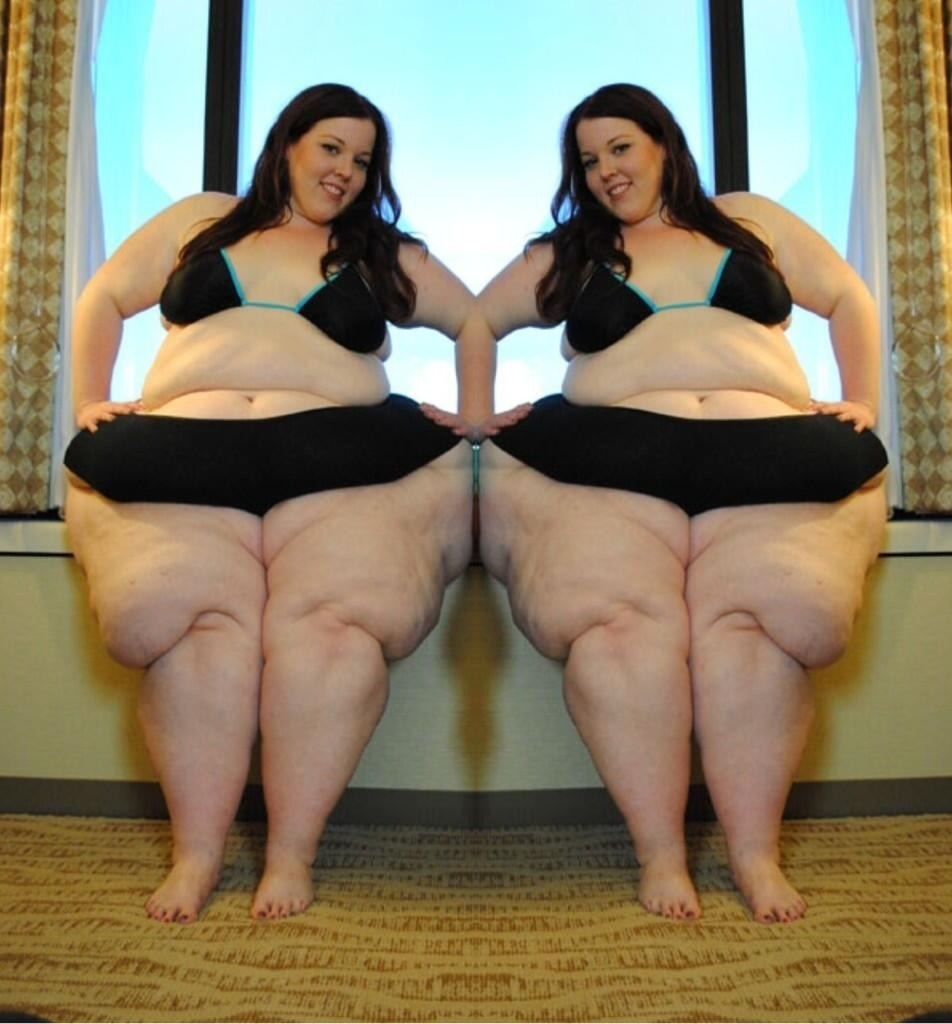 BBW Royalty Sadie Summers Doubled sharing an arm by