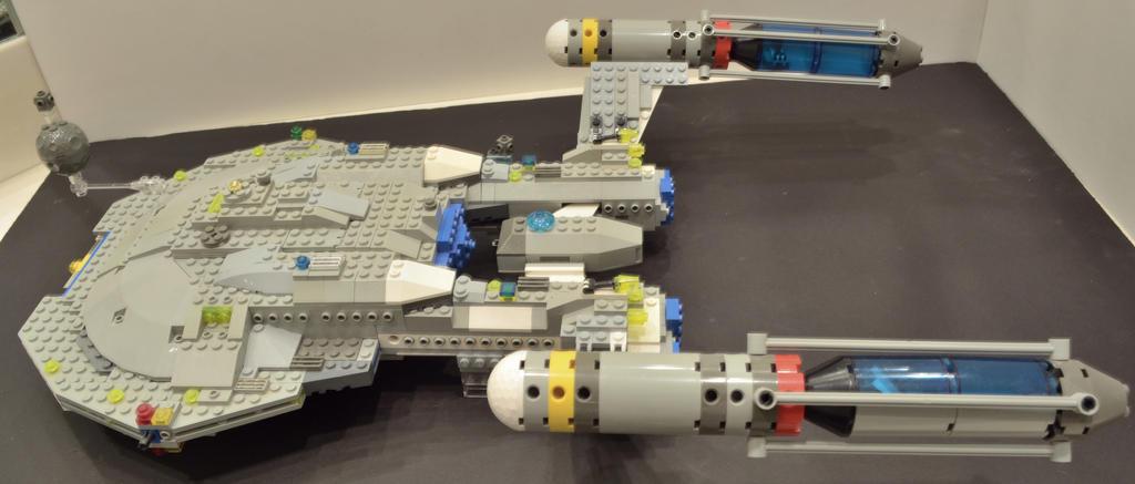 Lego Star Trek Enterprise NX-01 Large 6 side view by ENT2PRI9SE on ...