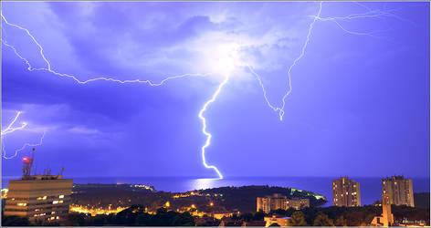 Lightning in Pula, Croatia by nrasic