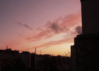 Sunset in Paris by I-Iron