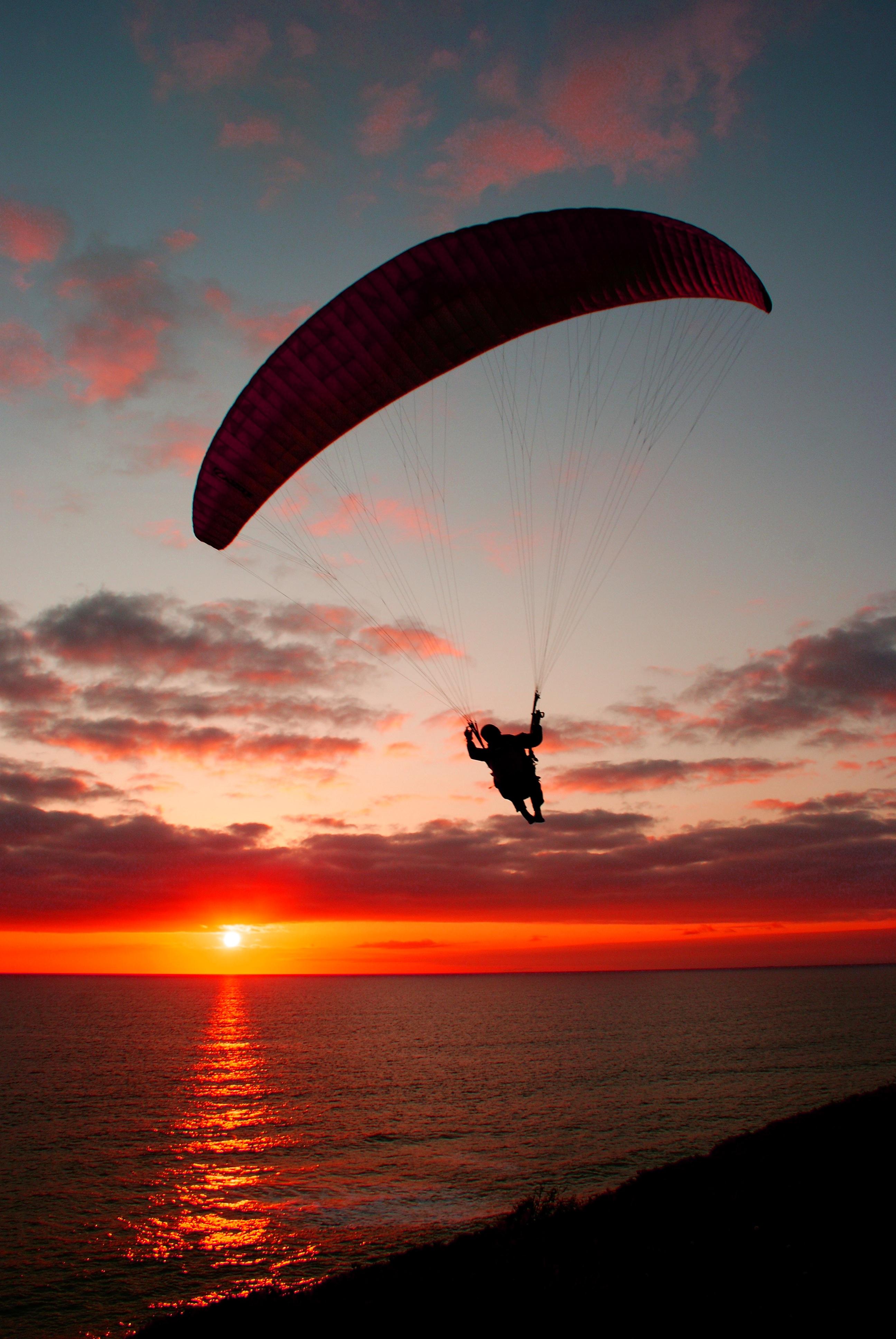 sunset paragliding by kloetpatra