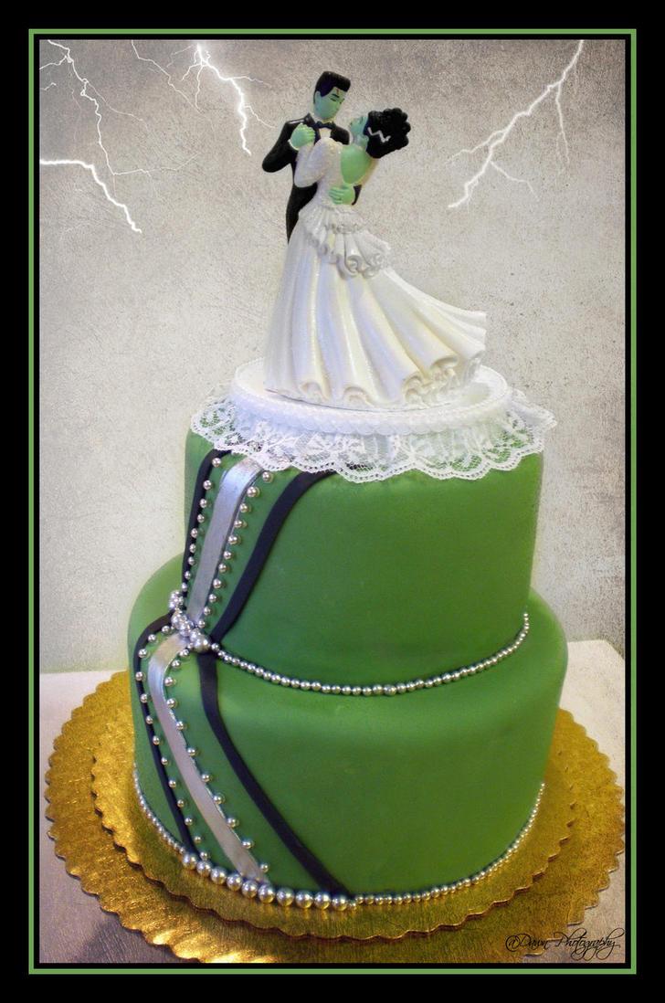 Frankenstein Cake by Heidilu22