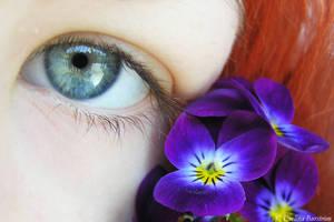 I see.. summer by Lomil-Gathiel