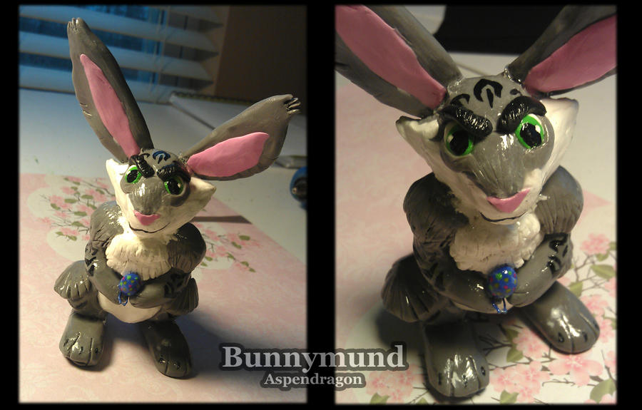Bunnymund Sculpture by Aspendragon