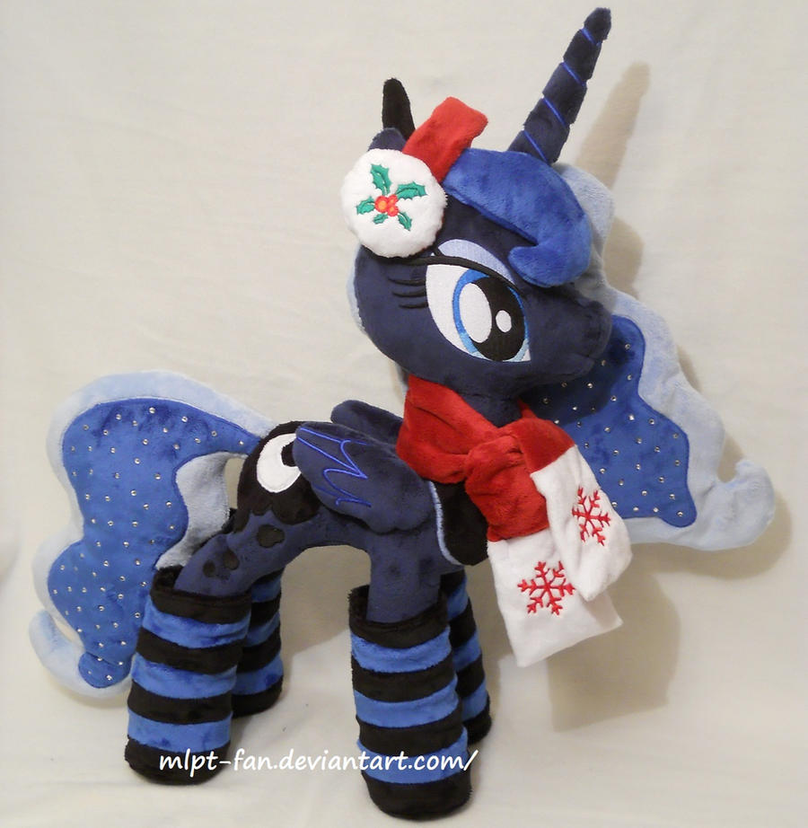 Christmas Princess Luna by MLPT-fan
