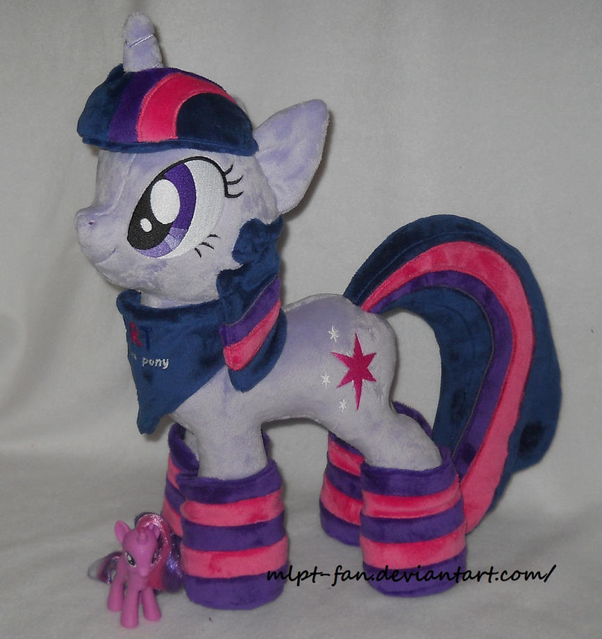 TWILIGHT SPARKLE with socks and bandana by MLPT-fan