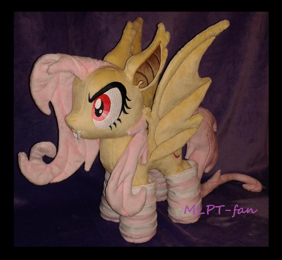 Flutterbat in socks! by MLPT-fan
