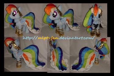 Grand Galloping Gala Rainbow Dash by calusariAC