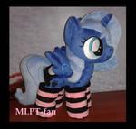 filly Luna in socks