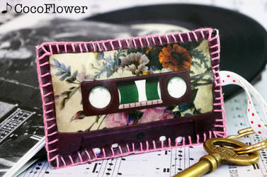 Mixt Tape shape keychain
