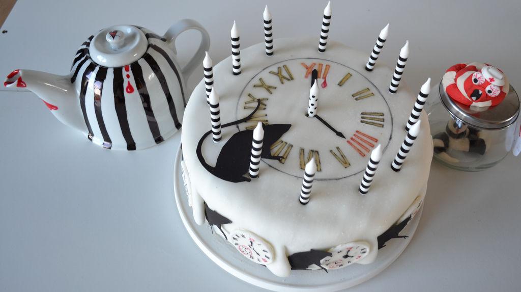 Emilie Autumn Plague Rat birthday cake a leeches by hartifax