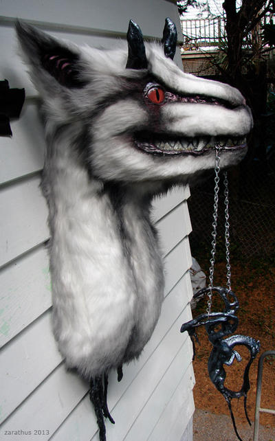 Creepbeast by zarathus