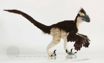 Dromaeosaurus raptor posable art doll by hikigane