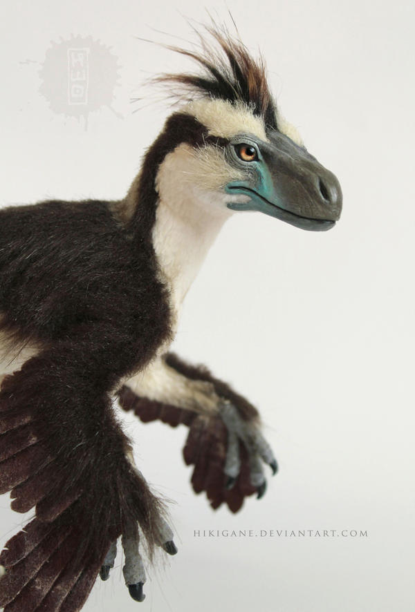 Dromaeosaurus raptor posable art doll