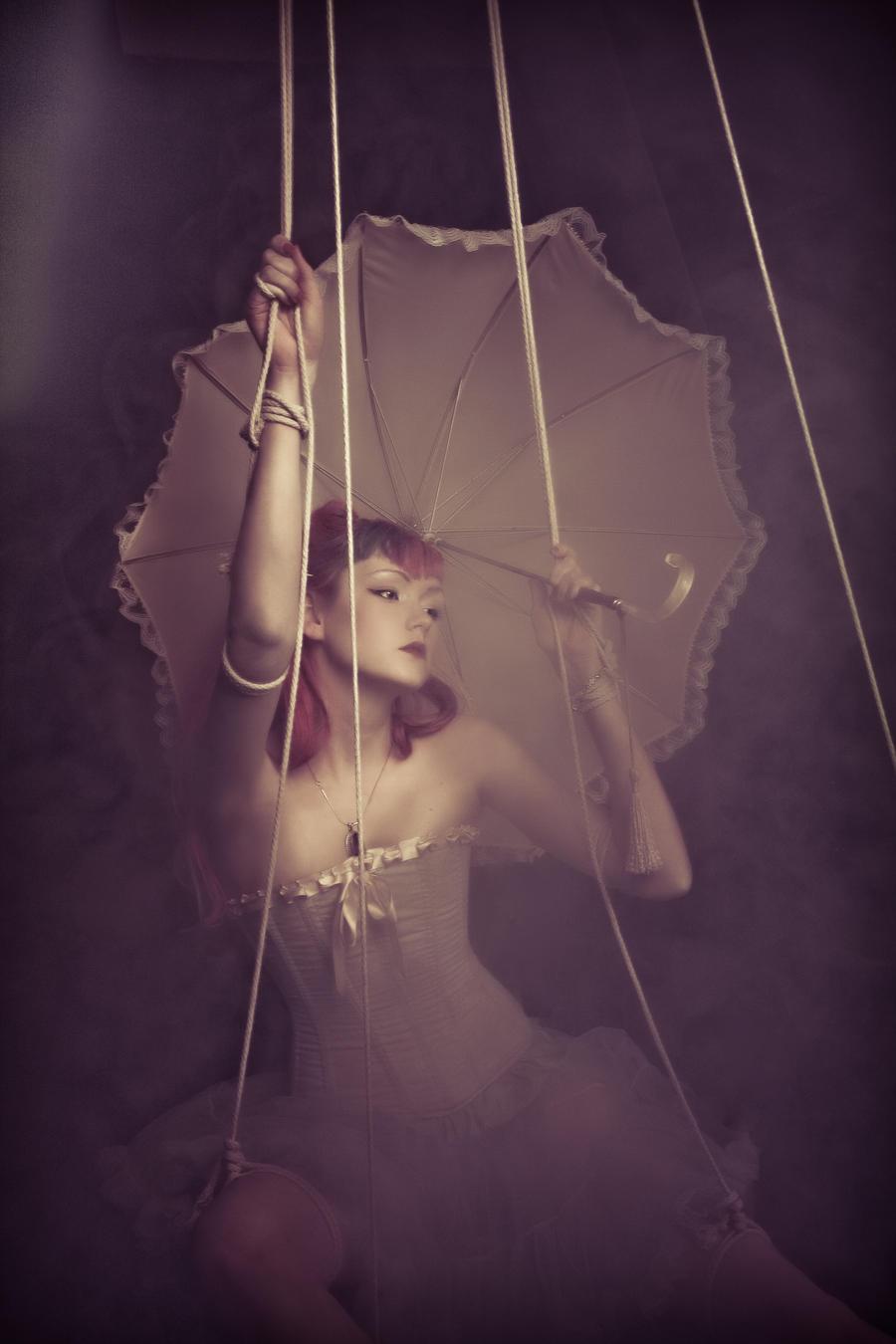 Lune de Paris by Isabelle-faith