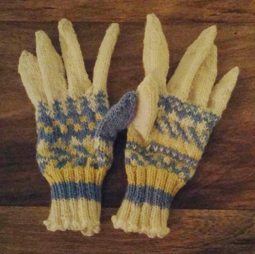 Mismatched gloves by Glori305