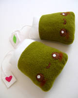 Green Tea Bag by kickass-peanut