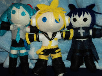 Vocaloid and Ikuto Plushies by Kelsey-chan12